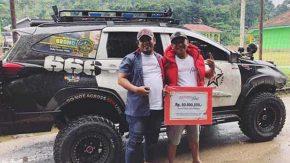 Garang, Mobil Modifikasi Yogie RPH Tembus Medan Banjir
