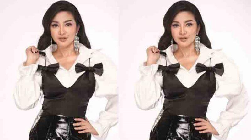 Doa Fitri Carlina untuk Mendiang Ibunda Presiden Jokowi