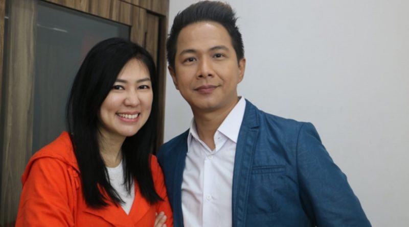 Kelamaan di Rumah, Delon dan Istri Bisnis Bersama