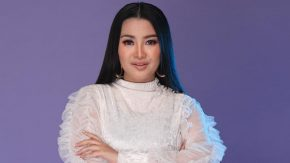 """Fitri Carlina Bakal Tampil Casual Chic Glam di """"Symphony On Go Live Concert"""""""