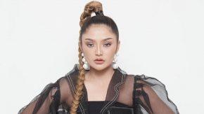 Siti Badriah Kangen Rambut Panjang