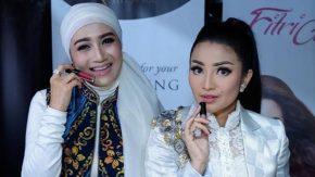 Fitri Carlina Bareng Sang Kakak Ajak Ibu-ibu Bisnis Online