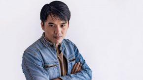 Whelly Seraya, Penyanyi Daerah yang Berhati Nasional