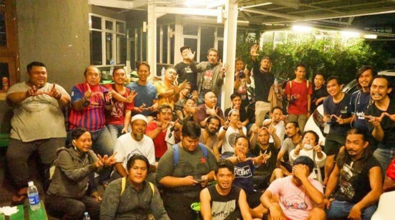 Jaga Imunitas, Wali Band Rutin Futsal Bareng Pemain dan Kru ' Amanah Wali 4'