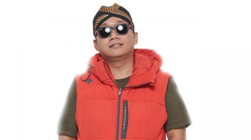 Hitsmaker Yogi RPH Jadi Arsitek Single Terbaru Sandrina