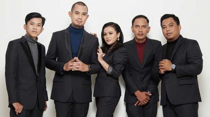 Bening Septari Jadi Udara Baru di Single 'SJD' Merpati Band
