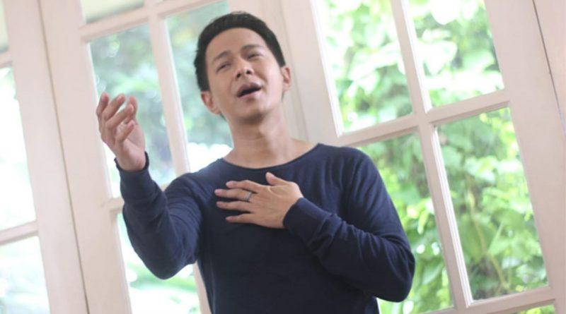Delon Buktikan Kesetiaan Cinta di Single Terbaru