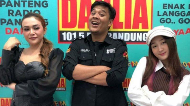 Marisha Putri Visit Dan Promo Radio Bareng Sandrina