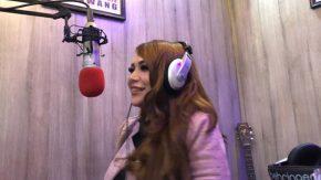 Marisha Putri Visit Radio Kenalkan Versi Akustik Terlanjur Kaya