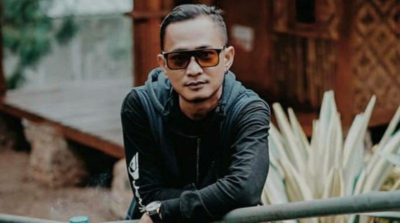 Ditinggal Sang Bunda, Hendry Drumer Nirwana Jadikan sebagai Inspirasi Lagu
