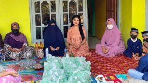 Orang Tua di Kendari, Tisya Erni Rayakan Ultah Bersama Lansia di Subang